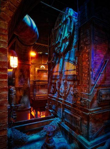 30 Hidden Secrets on the Twilight Zone Tower of Terror at Disney's Hollywood Studios   Theme Park Tourist. Look at the Hidden Mickey!