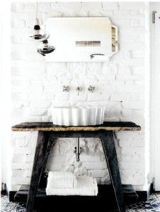 shabby imbiancati bagno lavabo flaminia stylish-bathrooms-with-brick-walls-and-ceilings-10