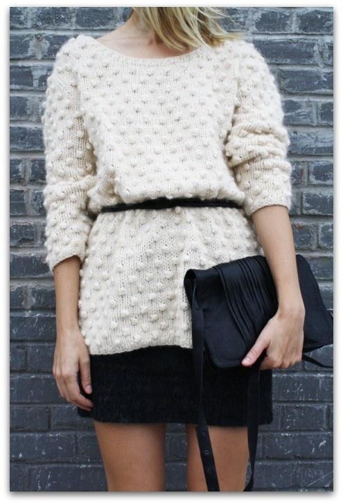Art Symphony: Oversized sweaters