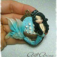 sirena, camafeo sirena, colgante sirena, colgante, polymer clay, arcilla polimerica, hecho a mano, handmade, friki