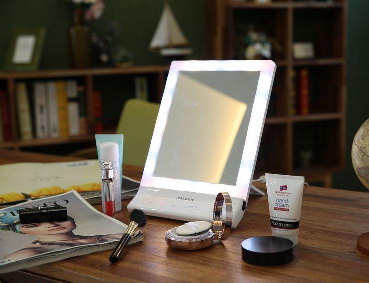 Diasonic sminkspegel med belysning 3 färgtemperaturer och ljusstyrka i 5 steg