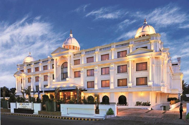 Say a hello to the summer at Fortune JP Palace, Mysore and avail our special Summer Bonanza offer. Book between 15th - 29th June 2015 for a stay between 15th June  - 30th Sep 2015. Visit: http://www.fortunehotels.in/specialoffer/limited_period_discounts/Summer_Bonanza.aspx *T&C Apply