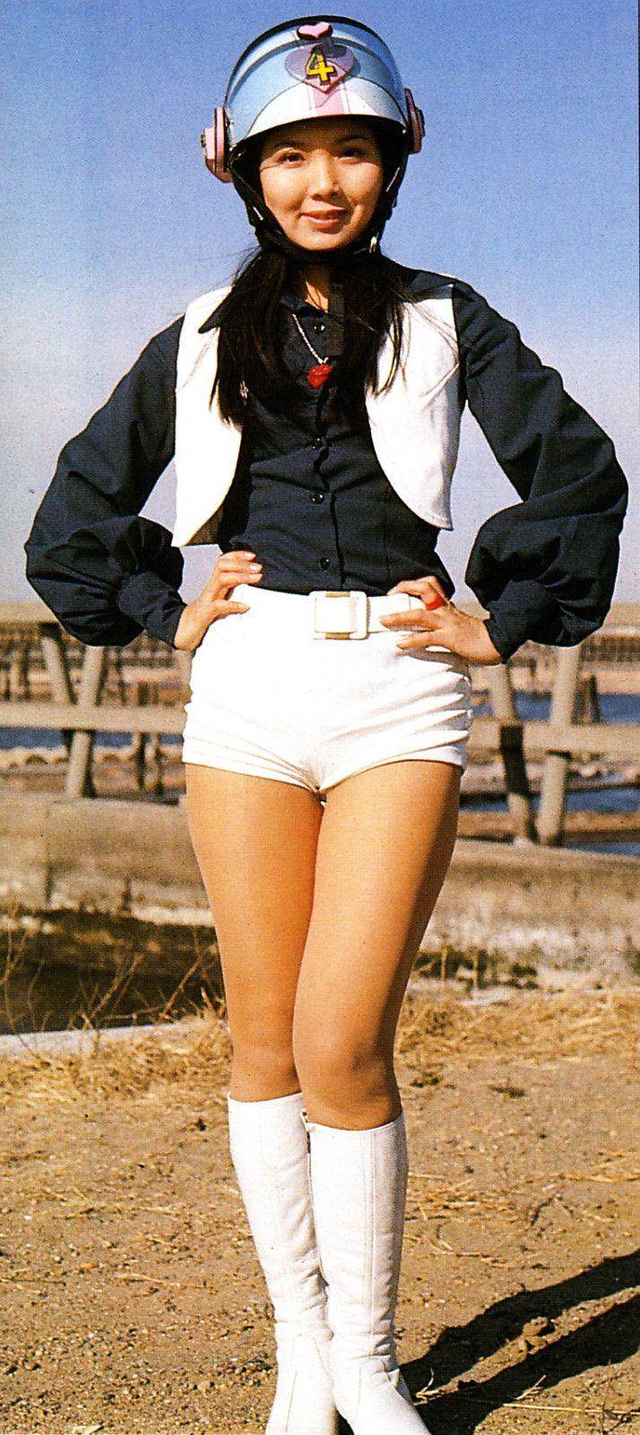 003.jpg 秘密戦隊ゴレンジャー/モモレンジャー/ペギー松山〈演:小牧リサ〉1975年~1977年