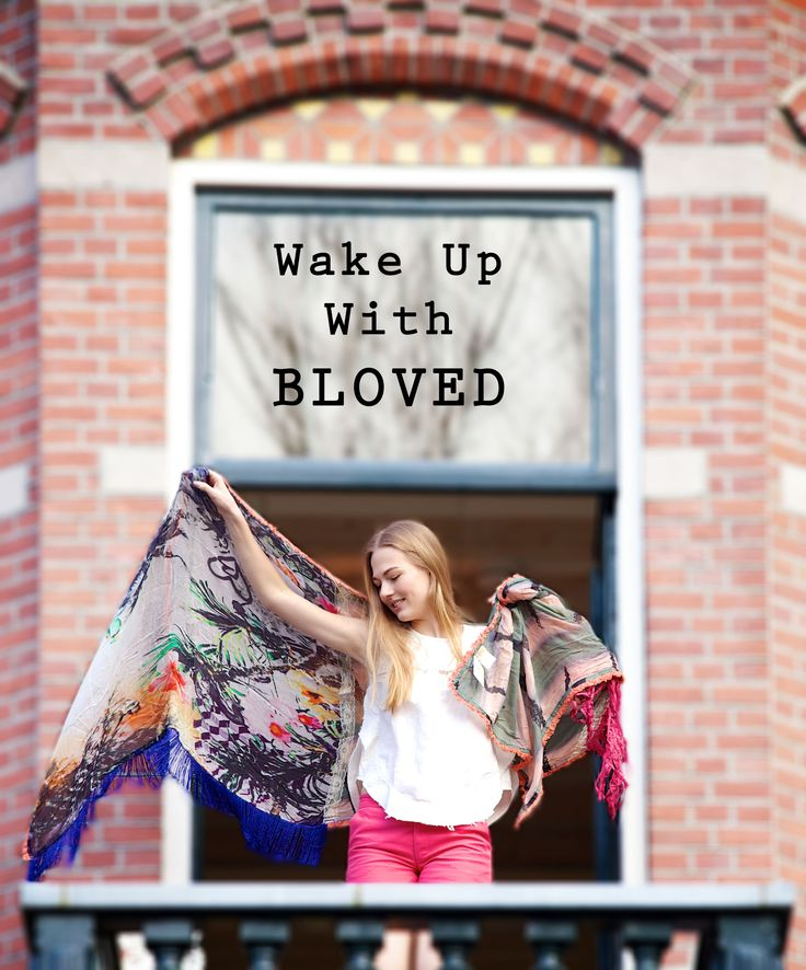 This scarf is my favorite #scarf #bloved #summer #collection #wake #up #modeling #catwalk