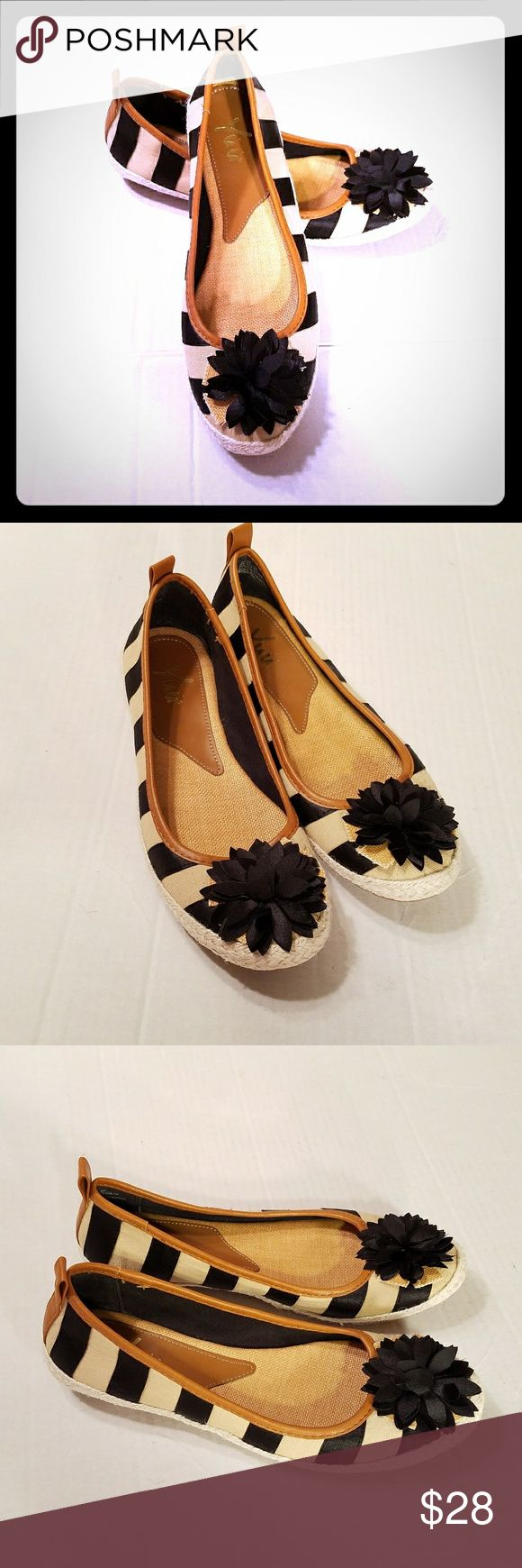 Sz 8M Yuu Garet Striped Ballet Flats Yuu Women's Shoes Garet Striped Ballet Flat Flower Black Tan Rope sz 8M  Size 8M  See pictures for more detail yuu Shoes Flats & Loafers