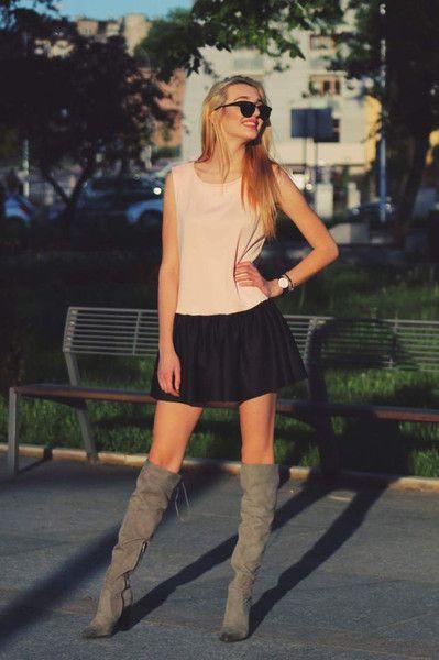 Sukienka z czarną falbanką rozmiar 36 - Cranberrysklep - Sukienki