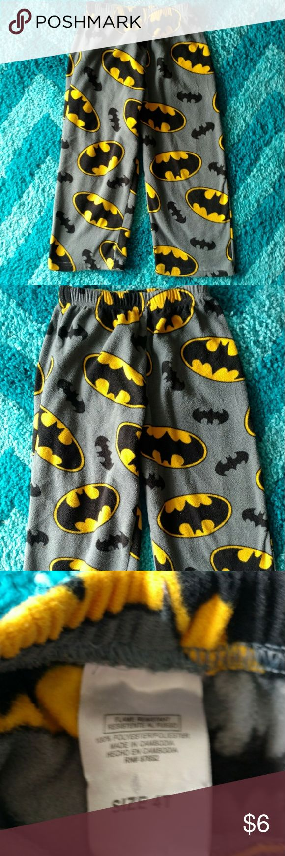 **OBO** Batman Fleece Pants Gently worn several times in good condition as you can see from the pictures above.   Please make me an offer and or bundle as my closet is ALWAYS negotiable and or OBO!!!!? Batman Bottoms Sweatpants & Joggers