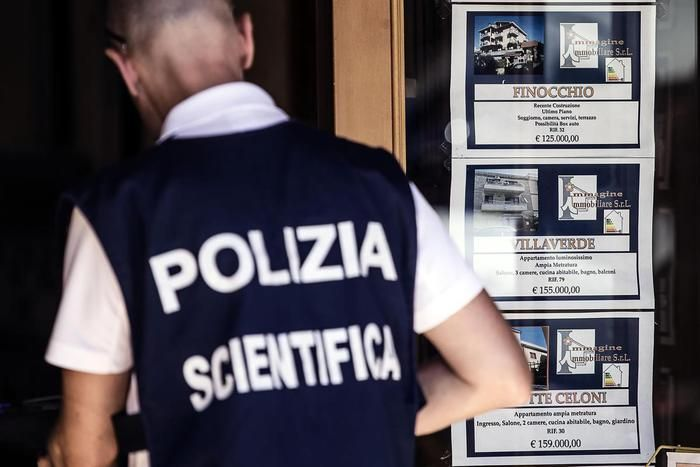 Genova, poliziotto uccide moglie e due figlie e si suicida - http://www.sostenitori.info/genova-poliziotto-uccide-moglie-due-figlie-si-suicida/262944