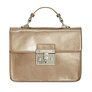 Shop Macys.com for a variety of Steve Madden handbags and accessories marked down as much as 75%The pictured Steve Madden Lincoln Push Lock Car Paint Small Crossbody originally $88 is now $21.96 no code needed https://www.isavetoday.com/deal-detail/shop-macyscom-for-a-variety-of-steve-madden-handbags-and-accessories/6926