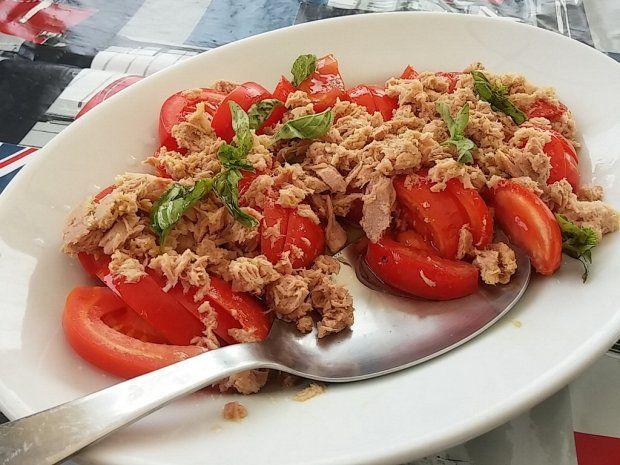 Insalata tonno e pomodori. La ricetta (foto Flickr)