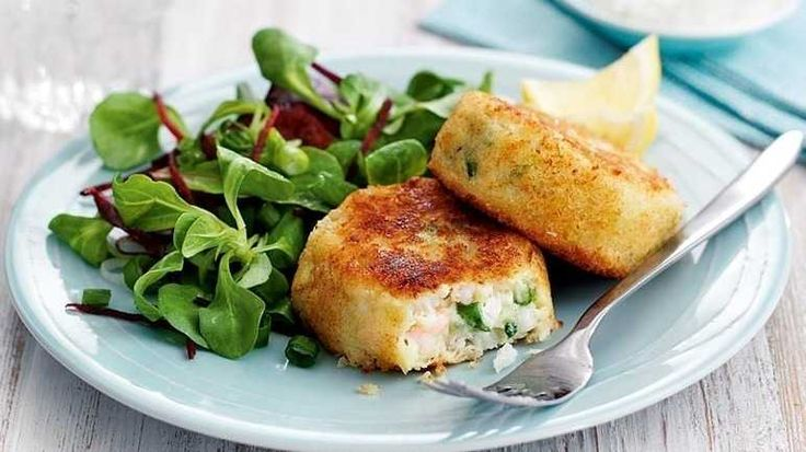 Salmon Fish Cake Recipe Jamie Oliver: 25+ Best Ideas About Prawn Fishcakes On Pinterest