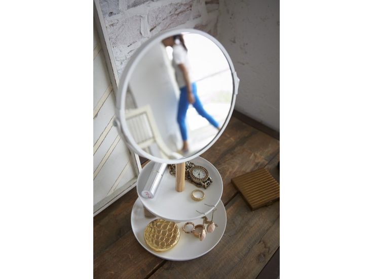 Zrcadlo s miskami YAMAZAKI Tosca. Zrcadlo s rámečkem a miskami