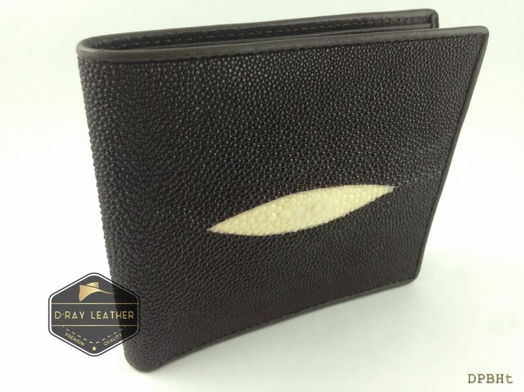 A stingray wallet for men Classic Diamond by @drayleather . These stingray wallets have a pebbly texture with a highlighted central diamond. This classic design of stingray wallet is the most popular. . A beautifully handmade example of a sting ray wallet with a full cow skin interior. . • Hand selected stingray skin direct from the tannery. • Hand cut leather • A grade cowskin interior • 9.5cm x 11.5cm • card holders • ID holders • compartments • Bill divider • Fine stit..