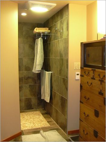 Walk In Shower No Doors Towel Rack In Shower And HEAT Lamp Drying Area