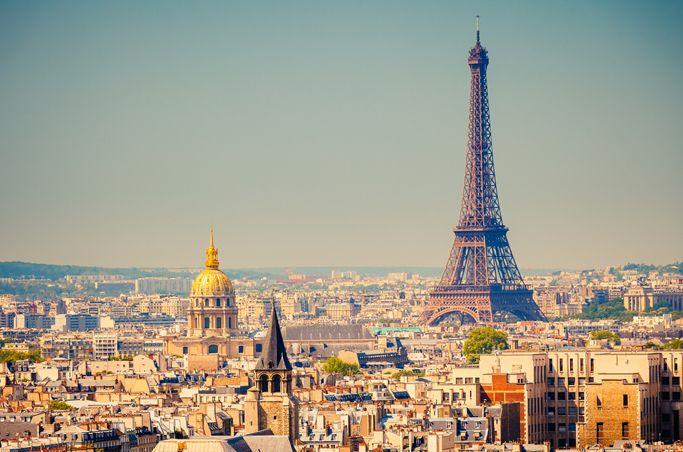 Parijs heeft een zeeklimaat,met 18*c als gemiddelde tempratuur.