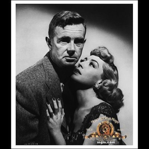 "Still of Sterling Hayden and Marie Windsor in ""The Killing"" - (1956) - Windsor plays a real bad babe in this film!!!  One of her favorite roles!"