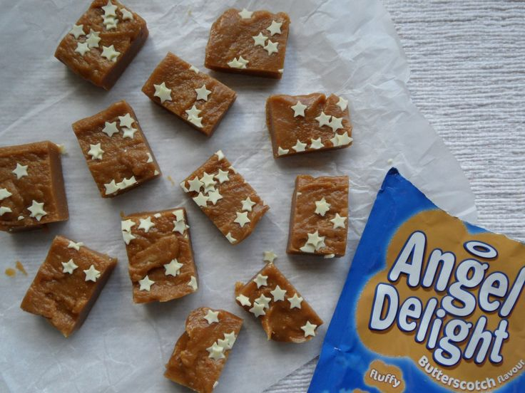 Angel Delight Butterscotch Fudge - tastes as amazing as it sounds! #fudge #angeldelight