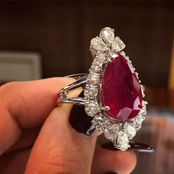 Mia Moon Bahrain (@miamoon.jewellers) on Instagram: Red hot ruby now available at #MiaMoonJewellers in #Bahrain #ringsofinstagram #highjewelry