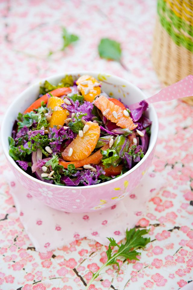 Rainbow Kale Salad @Jen Laceda   Tartine and Apron StringsKale Salads, Superfood Salad, Kale Salad Recipe, Rainbows Kale, Cooking, Healthy Food, Cleaning Eating, Delicious Kale, 10 Delicious