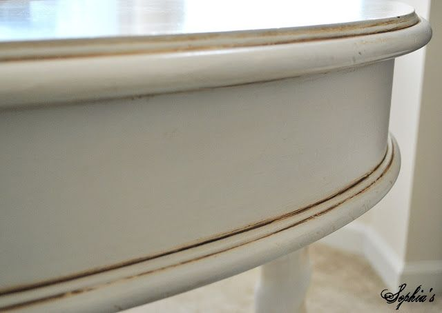 This is the finish I want for my chalk painted buffet! No Wax, just Glaze and the normal poly finish. Sophia's: Glaze Craze - Tips for Glazing Furniture
