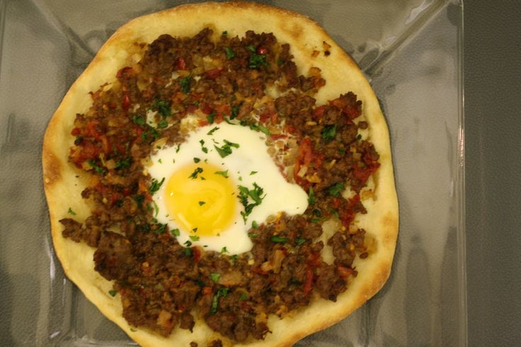 turkish ground lamb pizza with egg