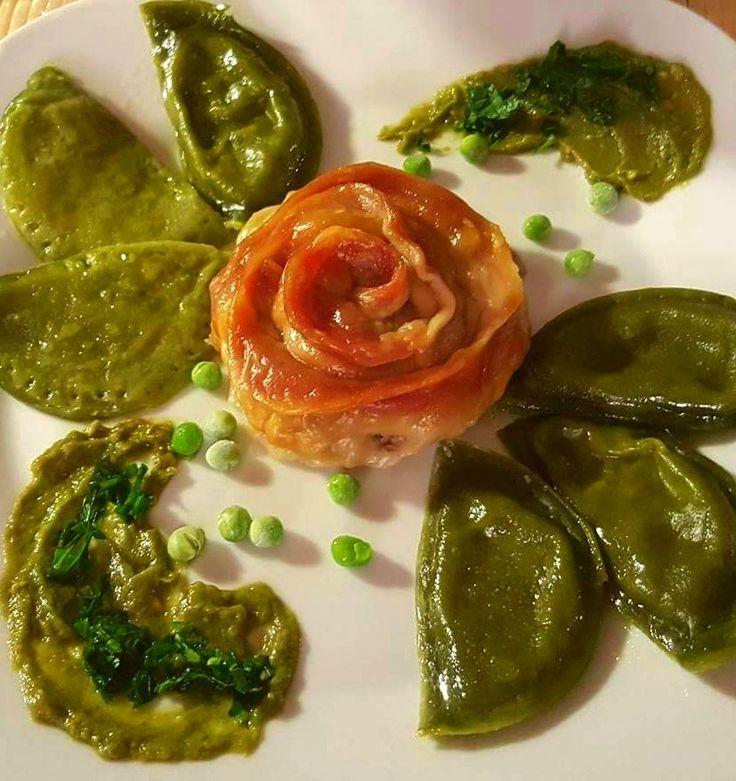 Maultaschen mit Avokado-Spinat-Sousse - Gaumenschmaus ;-)