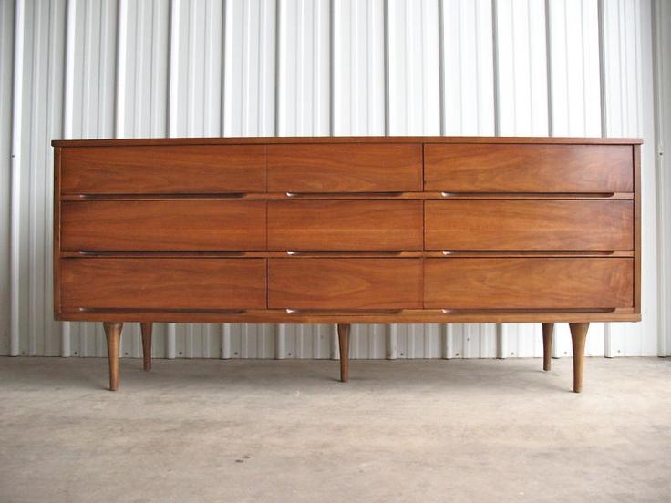 Best 25 60s furniture ideas on pinterest retro for Vintage danish modern bedroom furniture