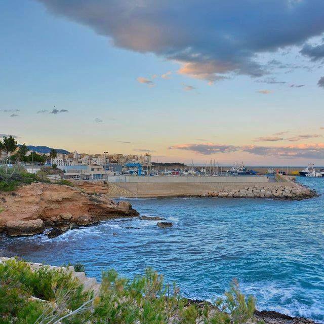 #Photo @xordigl #ametllademar #ametllamar #tarragona #catalunya #catalogne #cataluña #catalonia #pesca #fishing #pêche #platja #playa #plage #beach #estiu #verano #été #summer #sun #vacances #vacaciones #holiday #traveling #viajes #travel #visit #eatheword #vamosdeviaje #voyage #escapadas #experiences #traveller #food #gastronomia #gastronomy #happyholidays #mediterrani #mediterraneo #mediterranean #visiting #vacation #trip #tourism #tourist #reservadelabiosfera