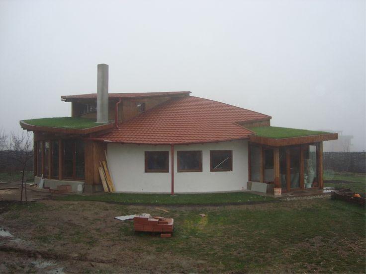 Hidroizolatii Profesionale Romania - Inierbat Bucuresti_1 http://hidroizolatiiromania.ro/portfolio/hidroizolatii-acoperis-inierbat-bucuresti/