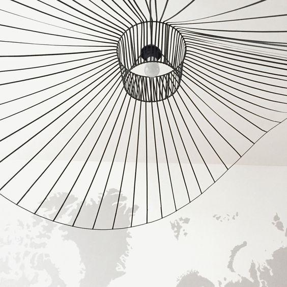 1000 id es sur le th me suspension vertigo sur pinterest petite friture vertigo luminaire. Black Bedroom Furniture Sets. Home Design Ideas