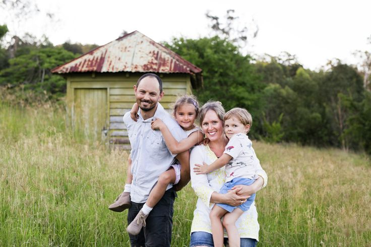 Check out this image! http://www.juoiliegeorgephotography.com.au/singleimage/60244/7705369