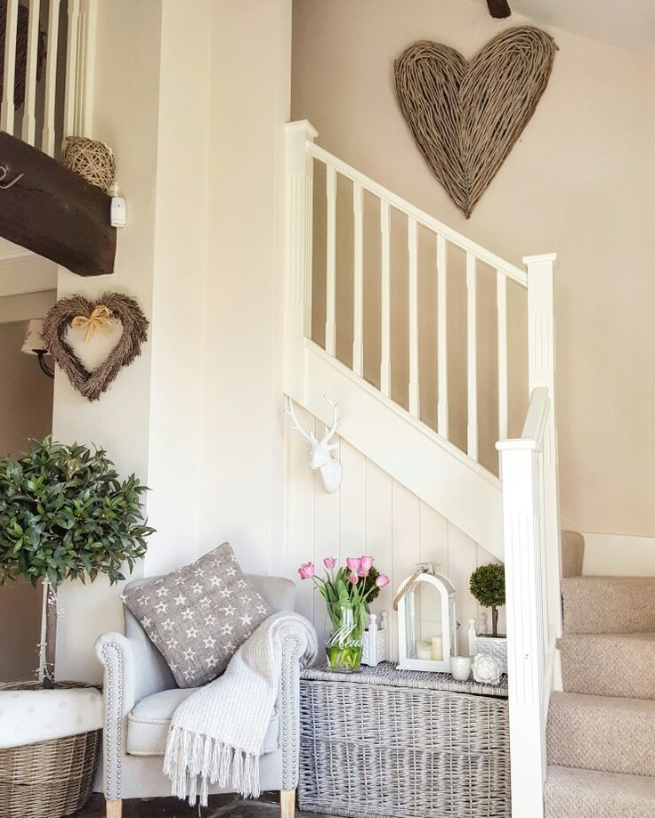 25+ Best Ideas About Cottage Stairs On Pinterest
