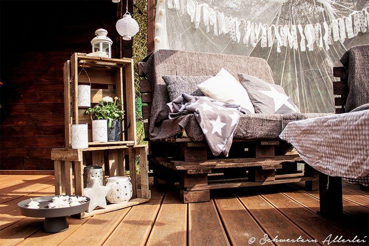 Bequeme Terrasse mit Gartendeko