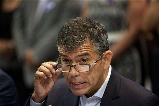 OEA preocupada por elecciones presidenciales en Perú - http://a.tunx.co/Fi47M