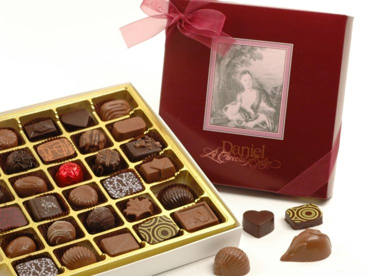 Daniel's Classic box with 18 or 36 assorted chocolates