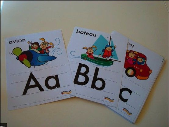 L'alphabet en lettres scripts  http://lindispensable.ca/Produits/Lalphabet.aspx