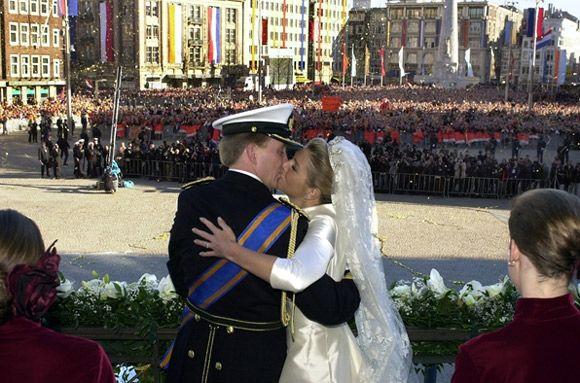 De kus waar heel Nederland op wachtte ♥
