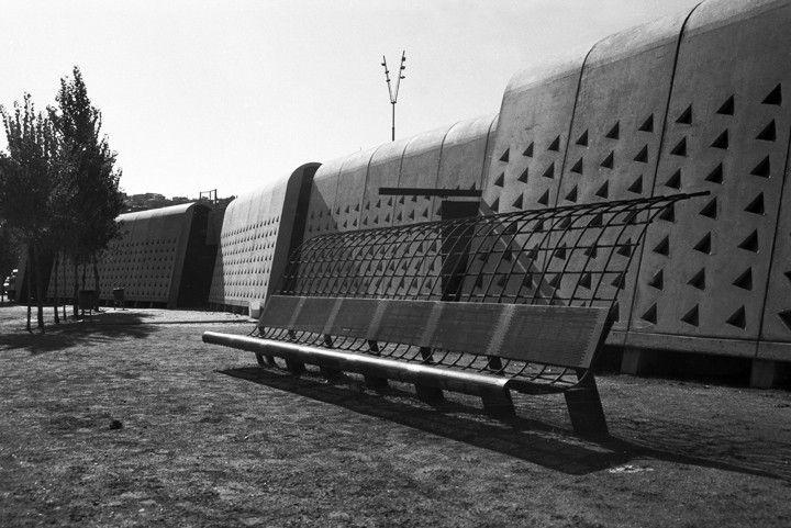 Galería de Clásicos de Arquitectura: Tiro con Arco Olímpico / Enric Miralles & Carme Pinos - 6