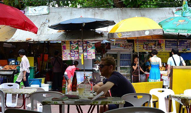 East meets West: Expat living in Bangkok English Luxury   September 2014