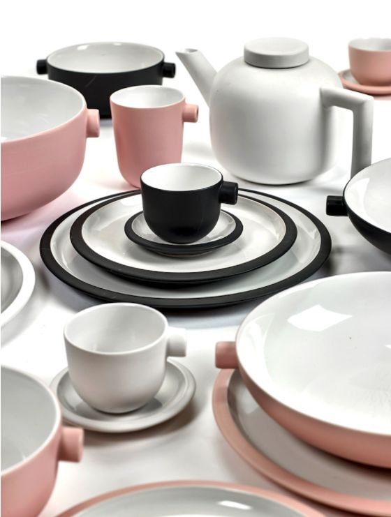 Daily Beginnings by Catherine Lovatt for Serax http://www.serax.com/products/product/Tableware/Family_Set/