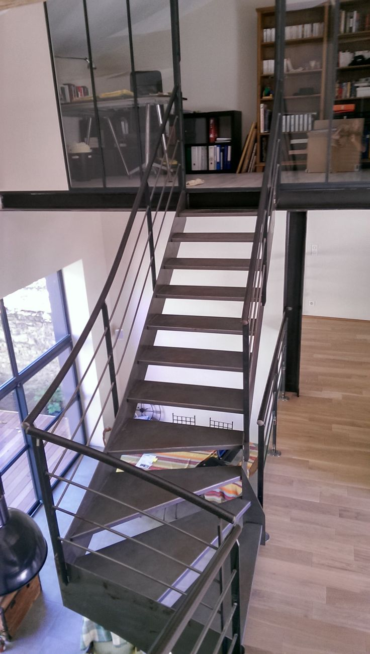 13 best escalier ext rieur images on pinterest stairs gardening and backya - Escalier metal industriel ...