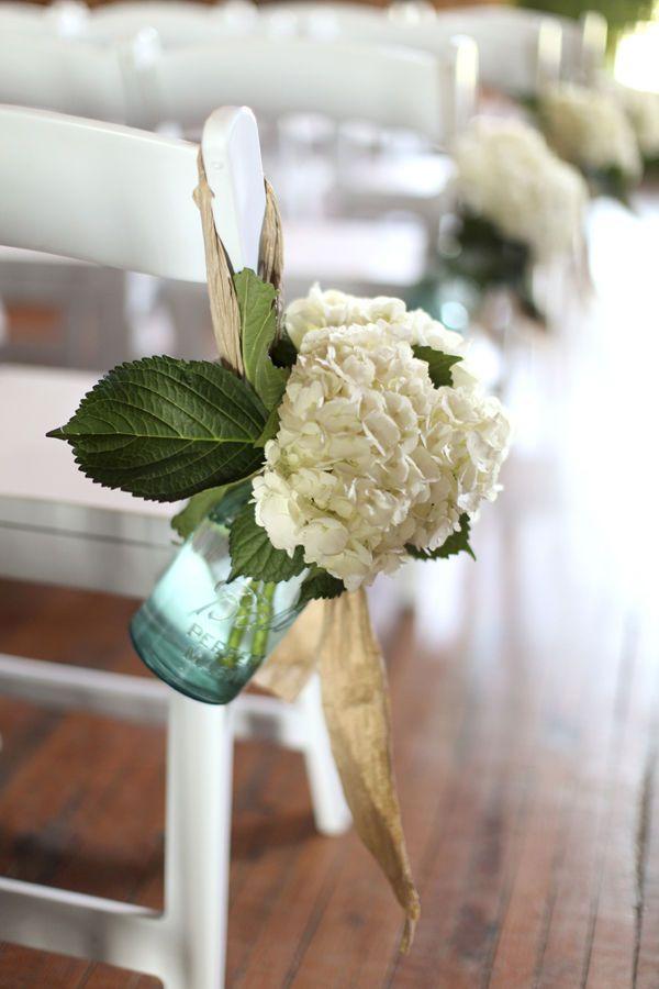 Less is more!Blue Mason Jars, Ball Jars, Aisle Decorations, Blue Hydrangea, Ceremonies Flower, Cute Ideas, Chairs Decor, Church Flower, Church Pew