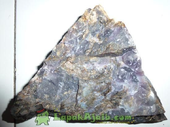 Batu Alam Kecubung Kristal