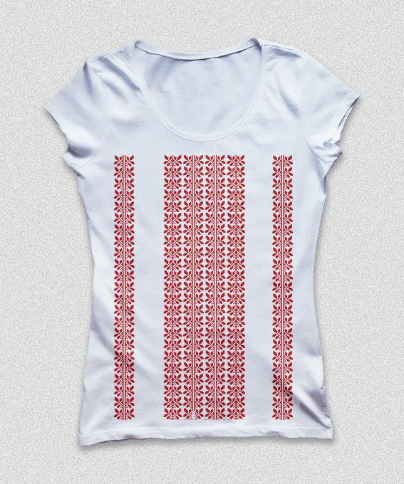 T-shirt Frunza de zmeurica. Romanian traditional motif from Bucovina
