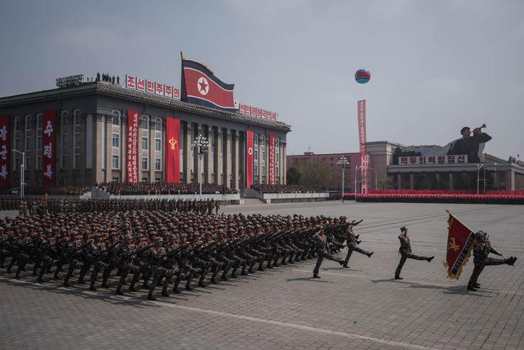 El desfile en el que Norcorea dijo estar lista para atacar con armas nucleares | ELESPECTADOR.COM