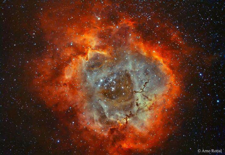 La nebulosa Roseta, a 5.000 años luz, es una 'guardería' de estrellas. http://apod.nasa.gov/apod/ap150225.html…