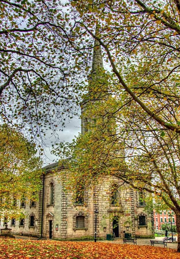 St Paul's Church, Jewellery Quarter, Birmingham       Can you tell what I'm thinking about tonight?