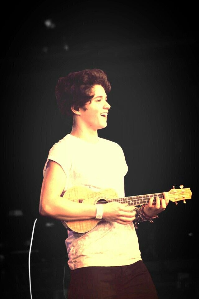 Say hello to Brad Simpson, lead singer of The Vamps. He plays the ukulele!