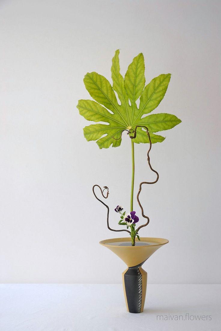 Plus De 1000 Ides Propos De Ikebana Sur Pinterest Glycines