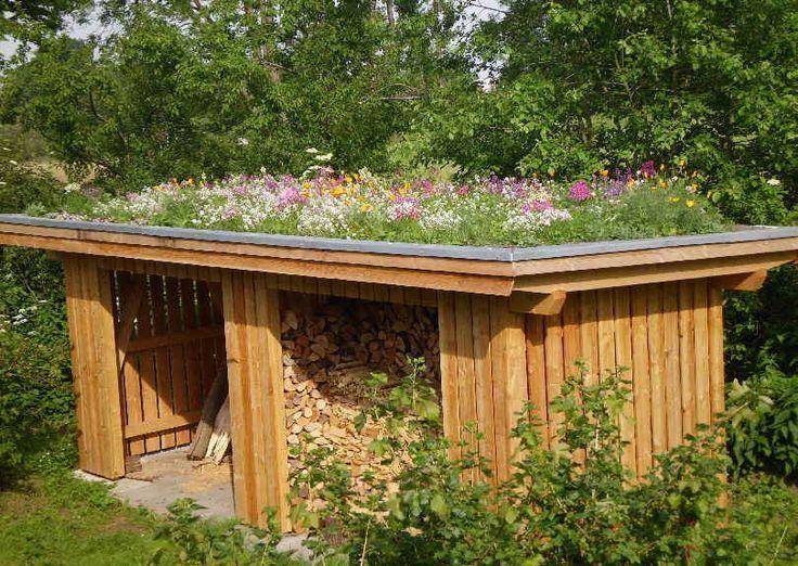 Holzschuppen Mit Grasdach In Ottendorf 22 Holzschuppen Dachgarten Veranda Pflanzen